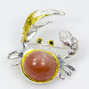 crab-brooch