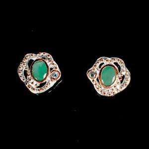emerald-earrings